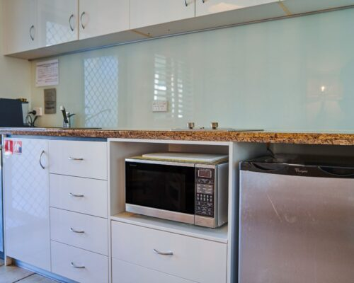 Julians-Byron-Bay-Holiday-Apartments-8 (16)