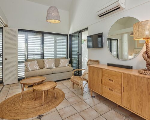 Julians-Byron-Bay-Holiday-Apartments-8 (5)